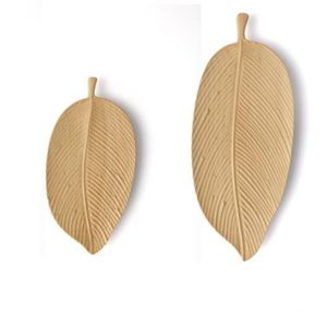 small wooden plates (1)